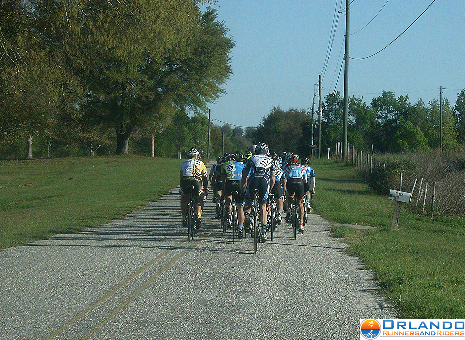 PRO 1-2 race heading up Sugarloaf Mountain Road